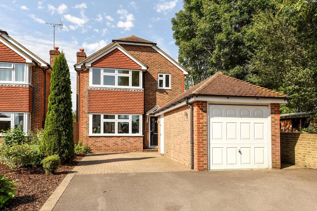 3 Bedrooms Detached House for sale in Henfield Road, Cowfold, RH13