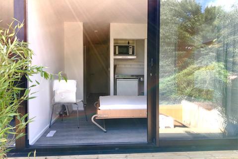 Studio to rent - WOLFE CRESCENT, CHARLTON, LONDON SE7