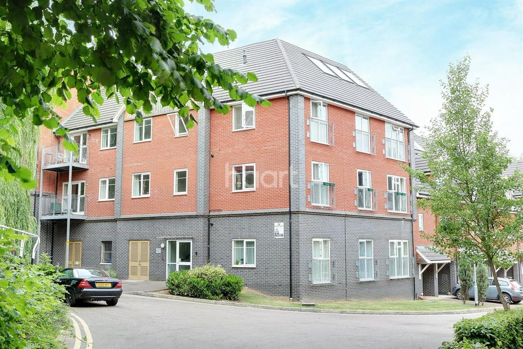 2 Bedrooms Flat for sale in Fenny Stratford