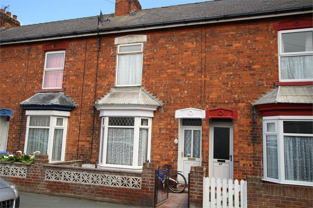 3 Bedrooms Terraced House for sale in Queen Street, Withernsea, East Riding of Yorkshire