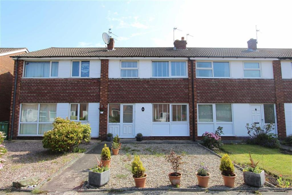3 Bedrooms Terraced House for sale in Vicarage Close, Lytham St Annes, Lancashire