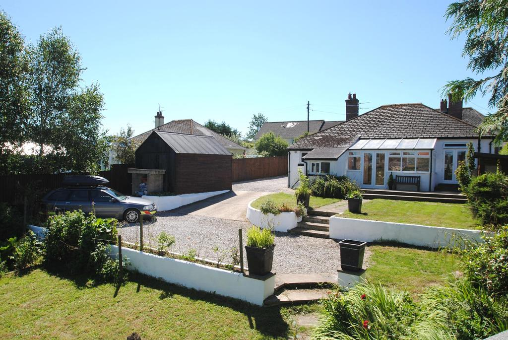 3 Bedrooms Bungalow for sale in Poltimore Road, South Molton