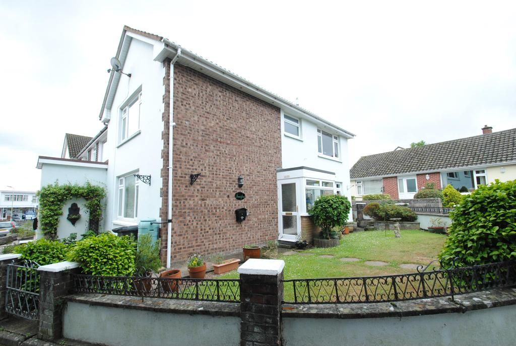 2 Bedrooms Terraced House for sale in Caen Gardens, Braunton