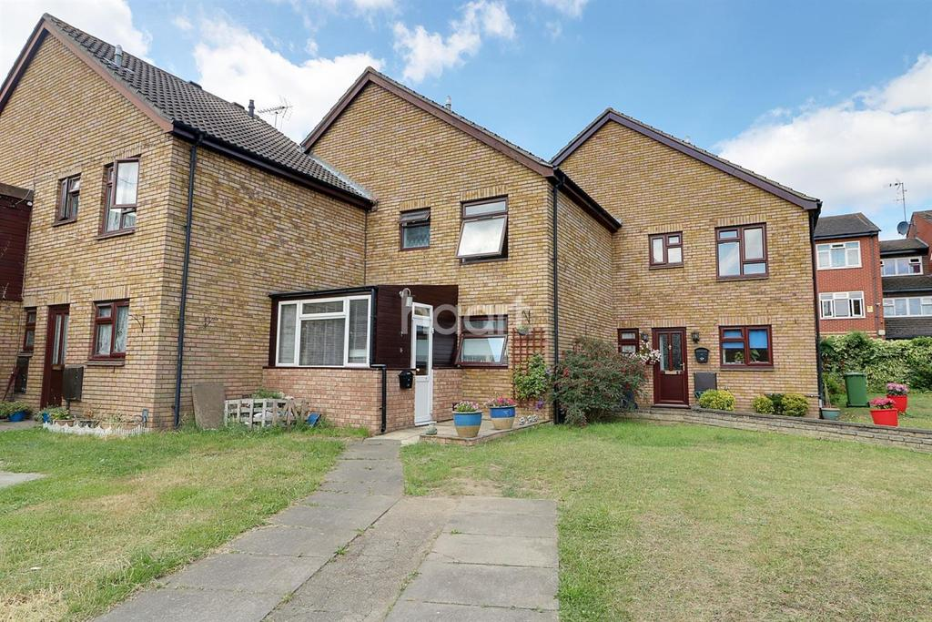 3 Bedrooms Terraced House for sale in Farriers End, Turnford