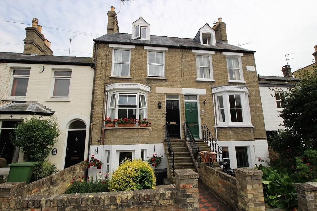 4 Bedrooms Terraced House for sale in Halifax Road, Cambridge