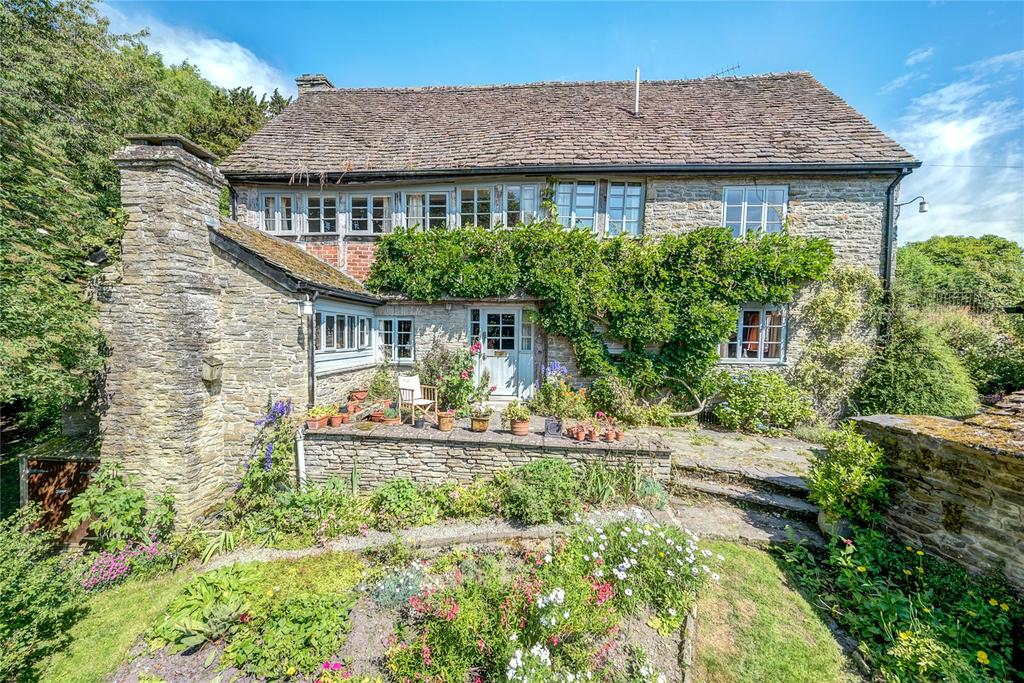 2 Bedrooms Detached House for sale in Gladestry, Kington, Powys