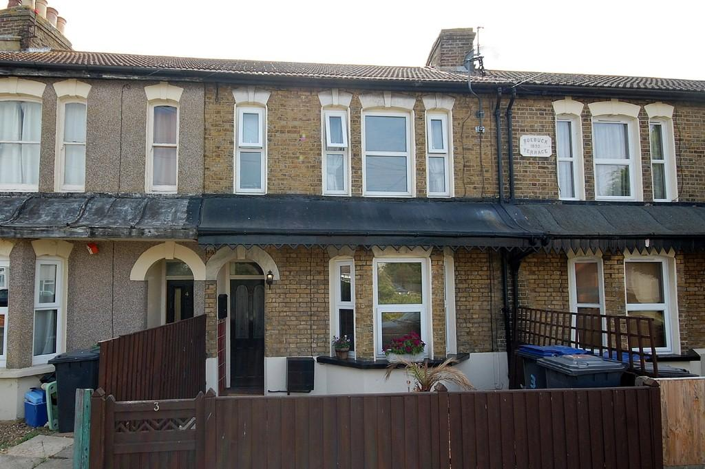 4 Bedrooms Terraced House for sale in Cliff Sea Grove, Herne Bay