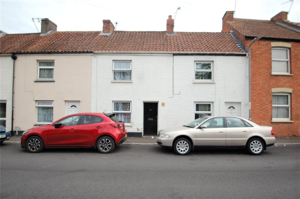 2 Bedrooms Terraced House for sale in Hamp Street, Bridgwater, Somerset, TA6