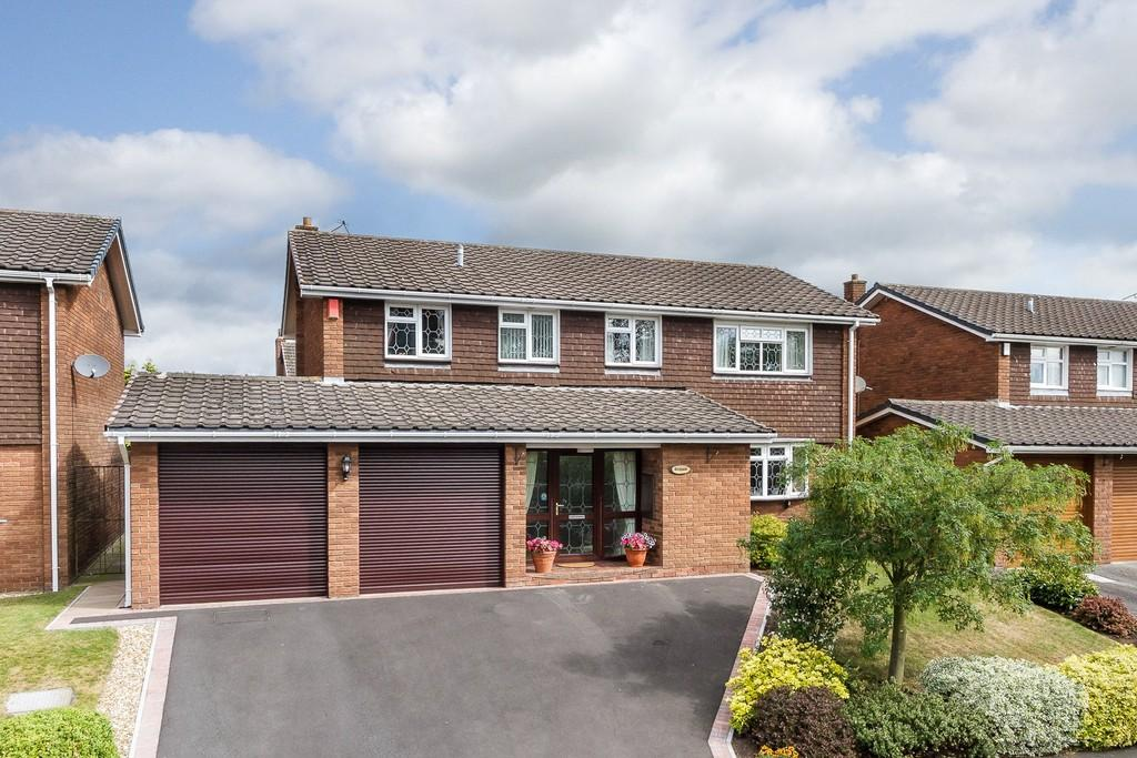 5 Bedrooms Detached House for sale in Woore, Cheshire