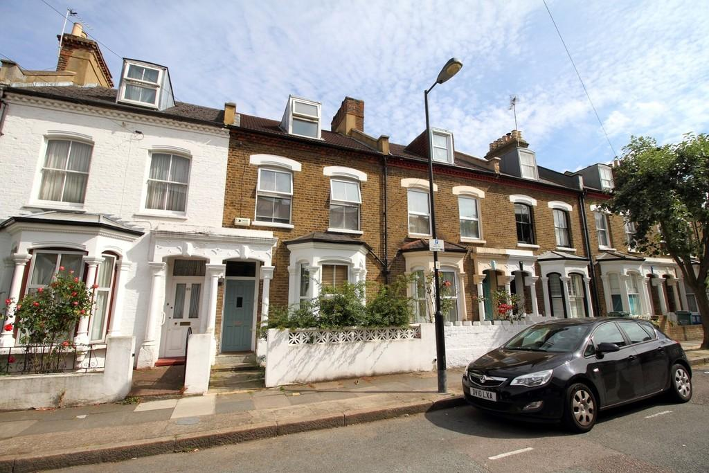 5 Bedrooms Terraced House for sale in Hatchard Road, N19 4NQ