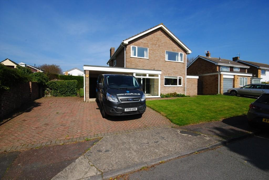 4 Bedrooms Detached House for sale in Hall Hills, Diss