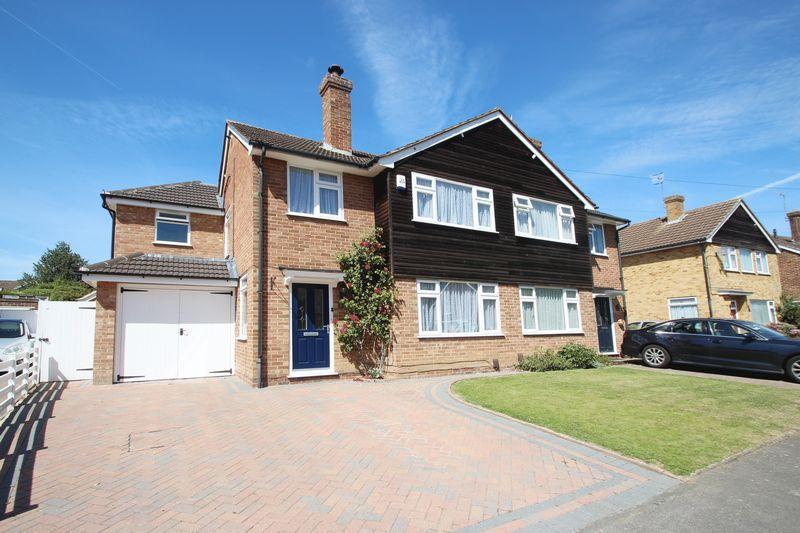 5 Bedrooms Semi Detached House for sale in Hopgarden Road, Tonbridge