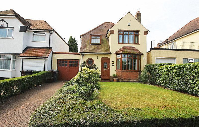 3 Bedrooms Detached House for sale in Himley Crescent, GOLDTHORN PARK