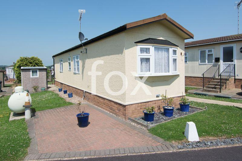 2 Bedrooms Park Home Mobile Home for sale in Tower Park, Hull Bridge