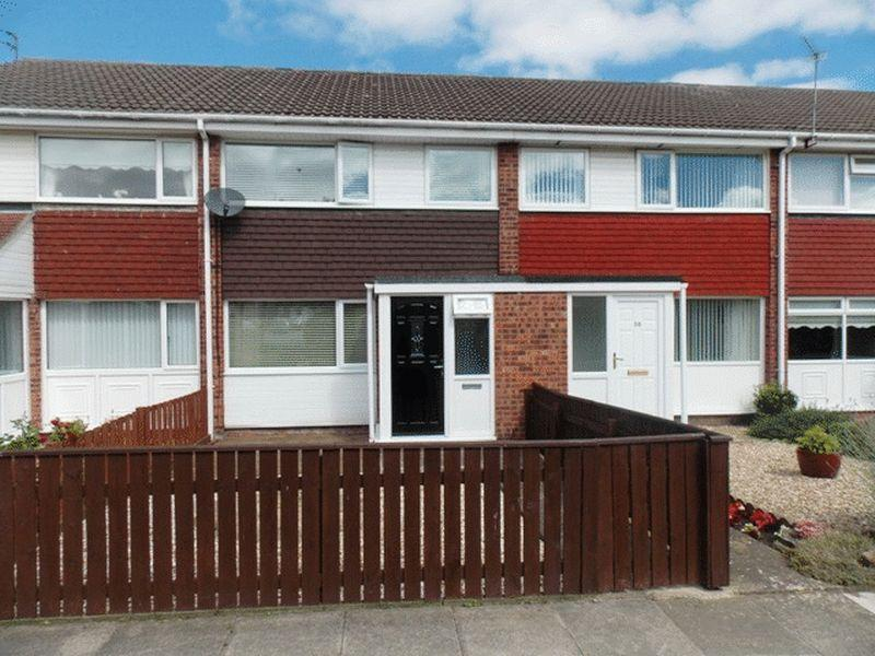 3 Bedrooms Terraced House for sale in Grebe Close, Blyth