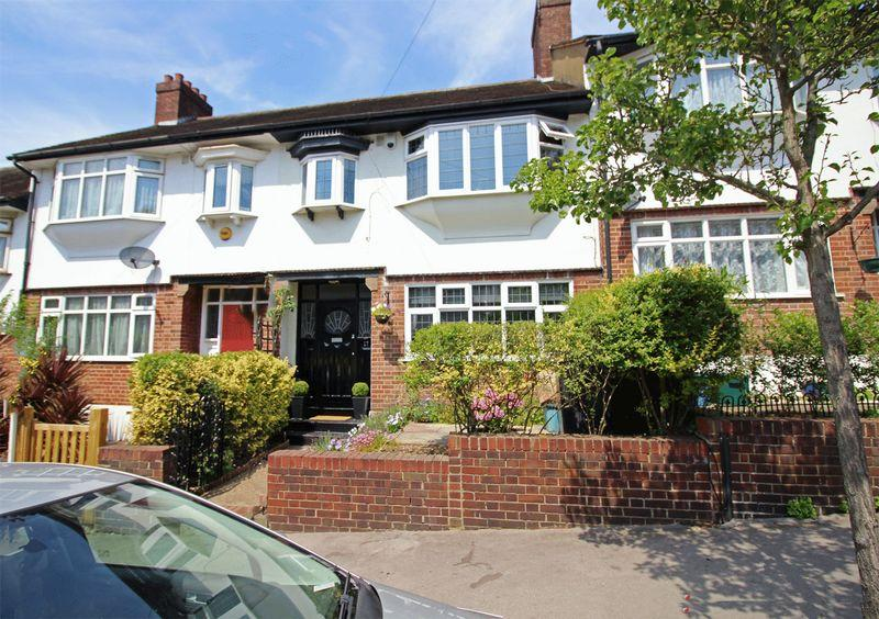 3 Bedrooms Terraced House for sale in Sunny Nook Gardens, South Croydon, Surrey