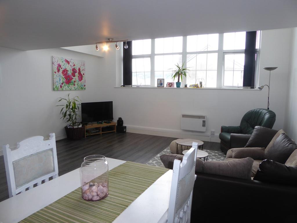1 Bedroom Flat for sale in Kilvey Terrace, St Thomas, Swansea, SA1