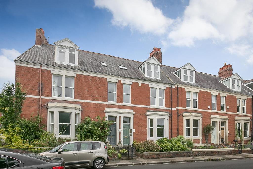 4 Bedrooms Terraced House for sale in Lansdowne Gardens, Jesmond, Newcastle upon Tyne