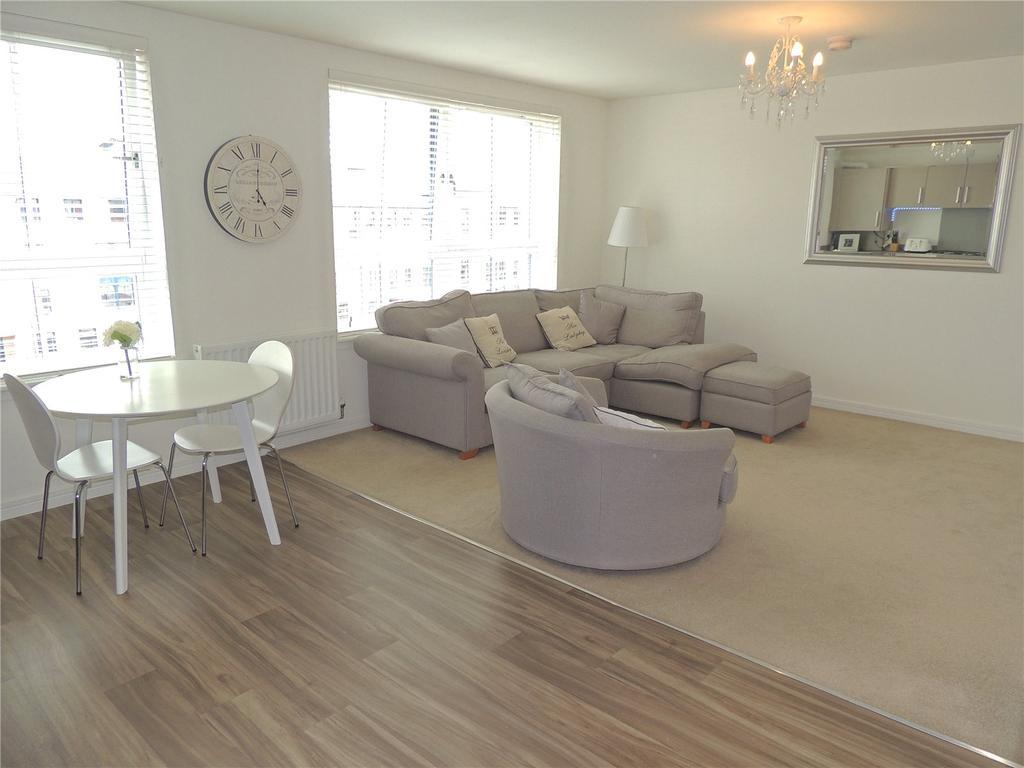 2 Bedrooms Flat for rent in Flat 3/1, 9 Oatlands Square, Glasgow, G5