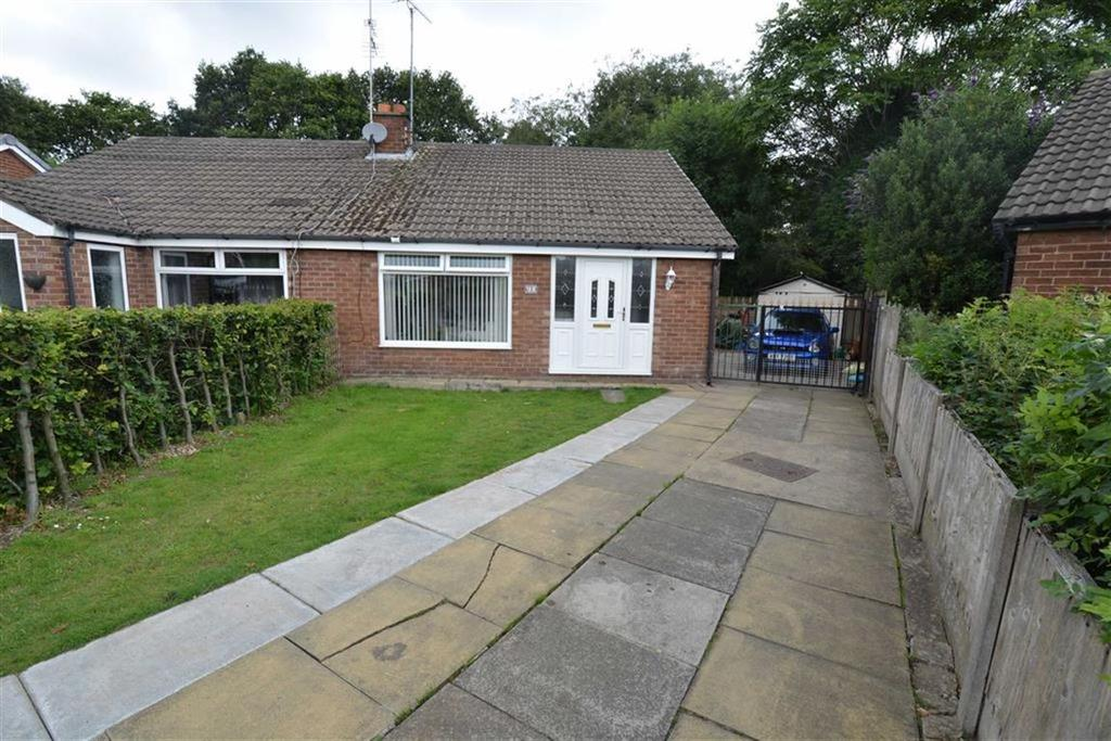 2 Bedrooms Bungalow for sale in Thirlmere Road, Partington, Manchester