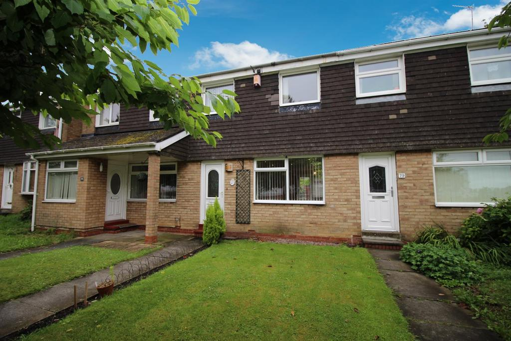 3 Bedrooms Terraced House for sale in Tudor Walk, Kingston Park, Newcastle Upon Tyne