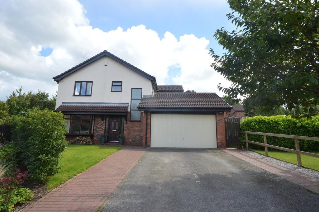 4 Bedrooms Detached House for sale in Sunbury Gardens, Appleton, Warrington