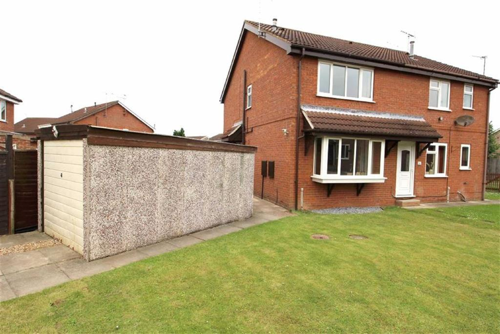 2 Bedrooms Semi Detached House for sale in Pomona Way, Driffield, East Yorkshire