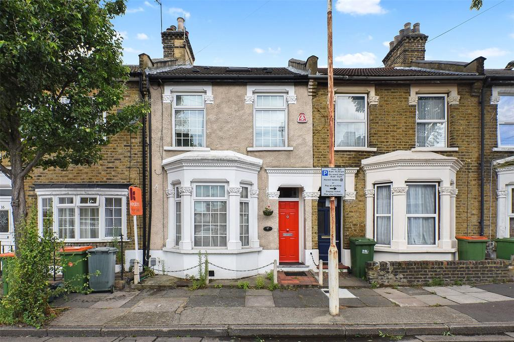 4 Bedrooms Terraced House for sale in Torrens Square, London, E15