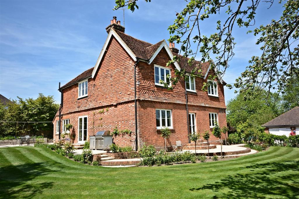4 Bedrooms Detached House for sale in Church Lane, Etchingham