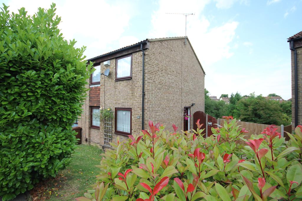 3 Bedrooms End Of Terrace House for sale in Chaffinch Close, Walderslade ME5