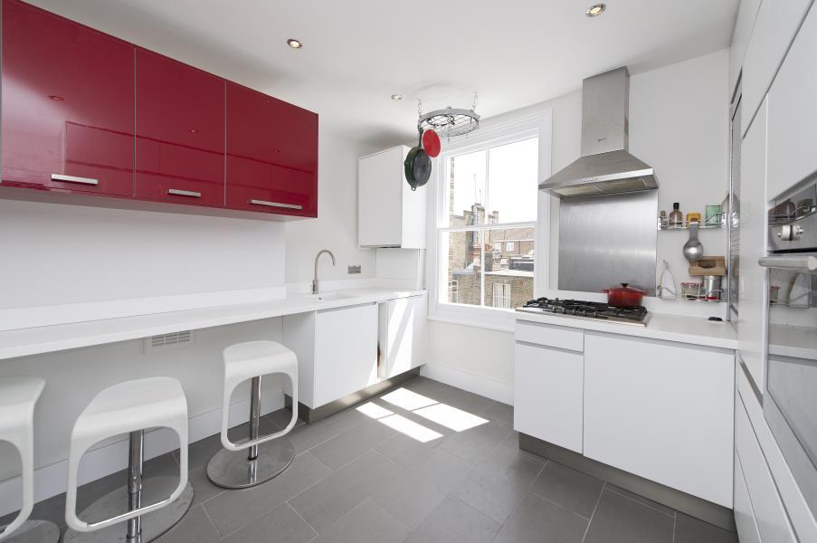 2 Bedrooms House for sale in Netherwood Road, Brook Green W14