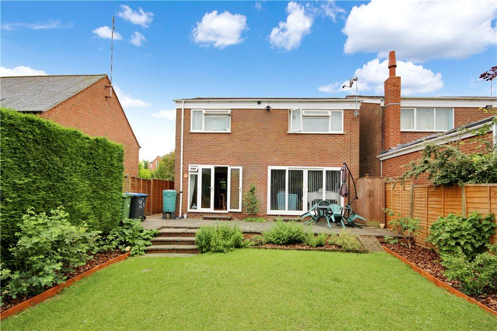 4 Bedrooms Detached House for sale in The Avenue, Bishopton, Stratford-upon-Avon, CV37