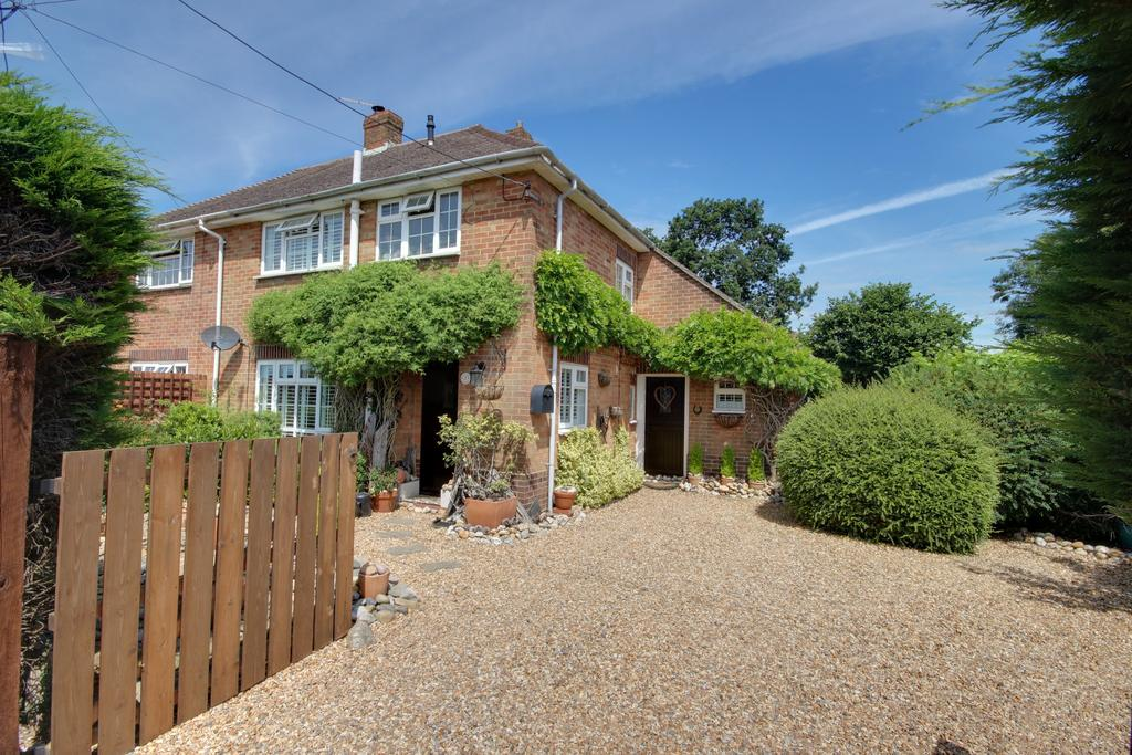 3 Bedrooms Semi Detached House for sale in WATERLOOVILLE