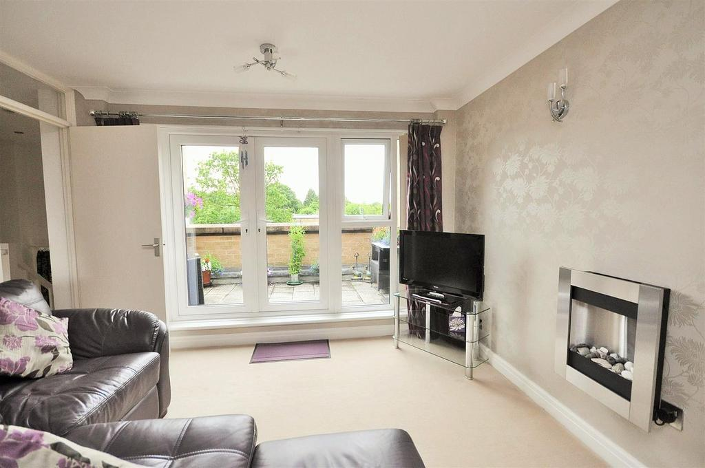 2 Bedrooms Apartment Flat for sale in Ouse Lea, Shipton Road, York, YO30 6SA