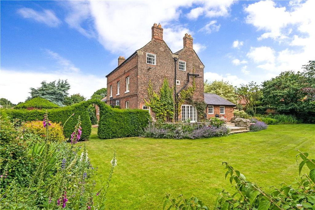 6 Bedrooms Detached House for sale in 1 Main Street, Burneston, Bedale, DL8