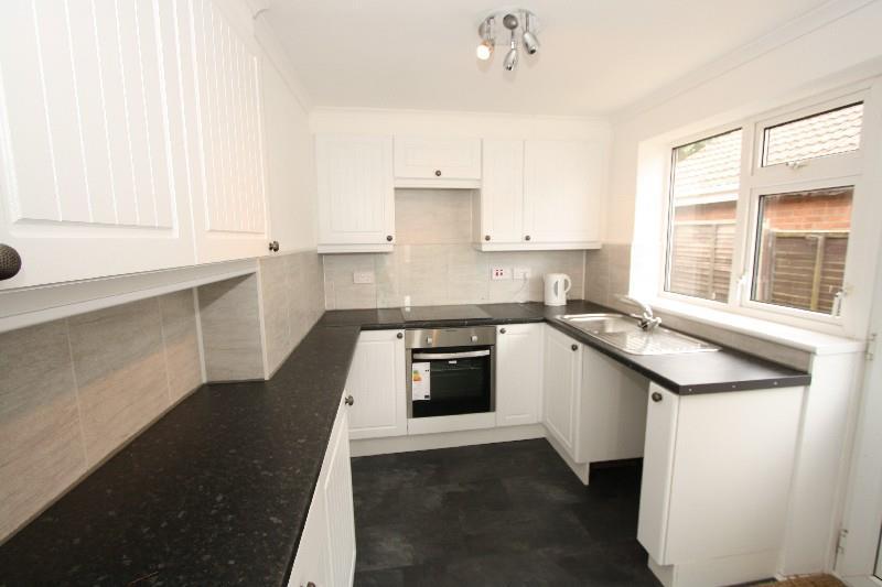 3 Bedrooms Semi Detached Bungalow for sale in St. Michaels Crescent, Heighington Village