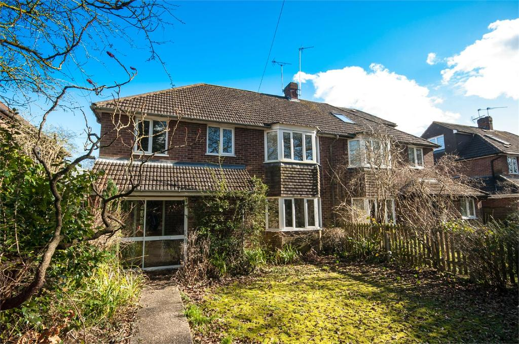 4 Bedrooms House Share for rent in Reading Road, Burghfield Common, Reading, Berkshire, RG7