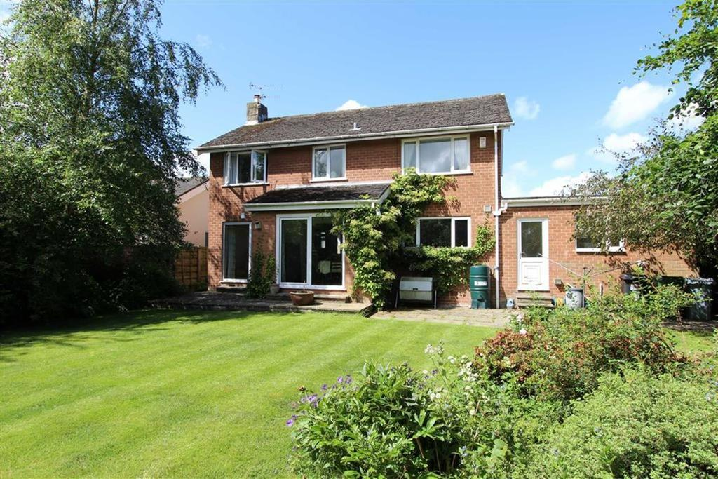 4 Bedrooms Detached House for sale in Beaufort Close, Alderley Edge