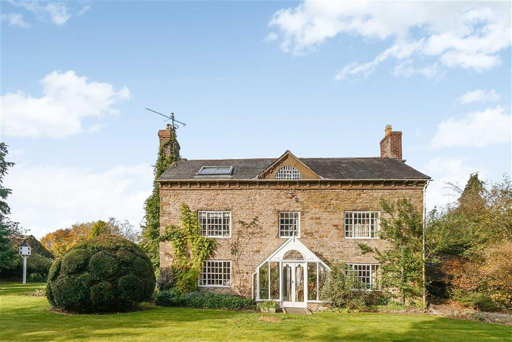 5 Bedrooms Detached House for sale in Clun Road, Aston On Clun, Craven Arms