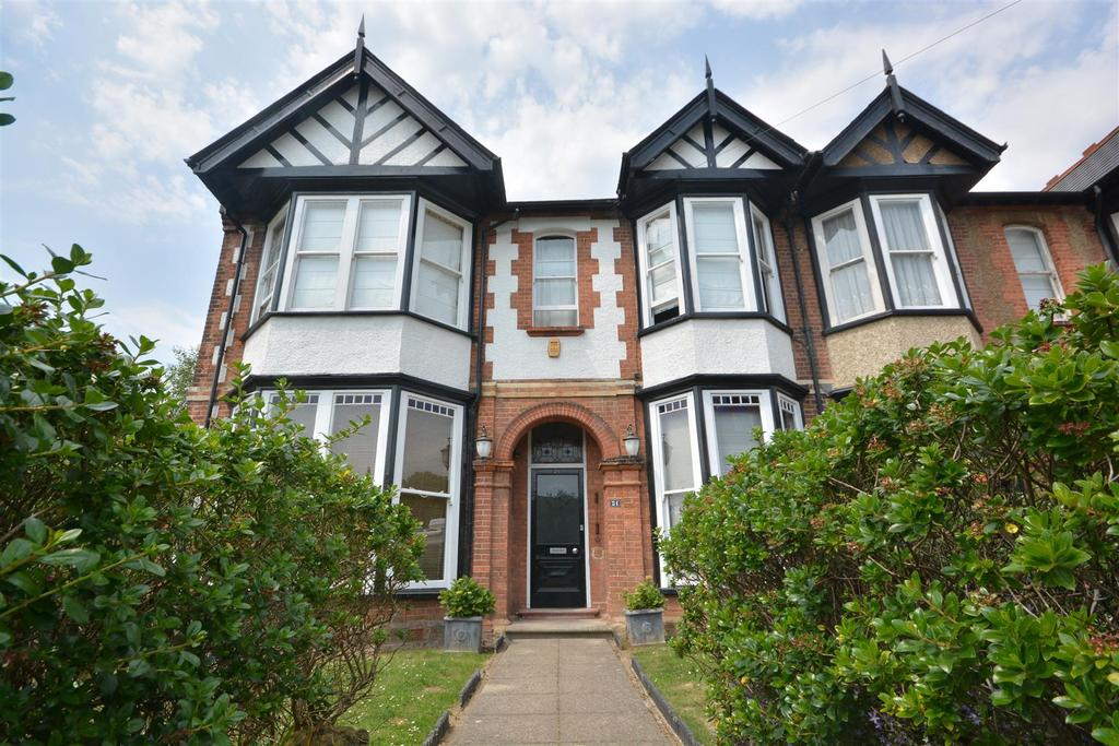 6 Bedrooms Semi Detached House for sale in Cloudesley Road, St. Leonards-On-Sea