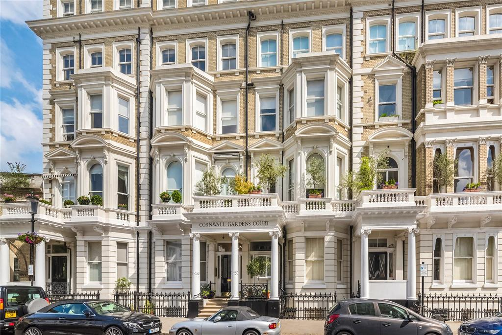 2 Bedrooms Flat for sale in Cornwall Gardens Court, 47-50 Cornwall Gardens, South Kensington, London