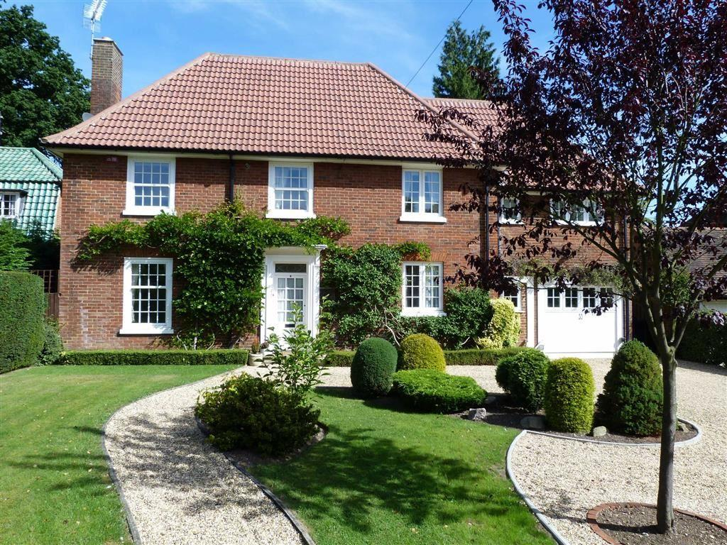 5 Bedrooms Detached House for sale in Sherrardspark Road, West Side, Welwyn Garden City