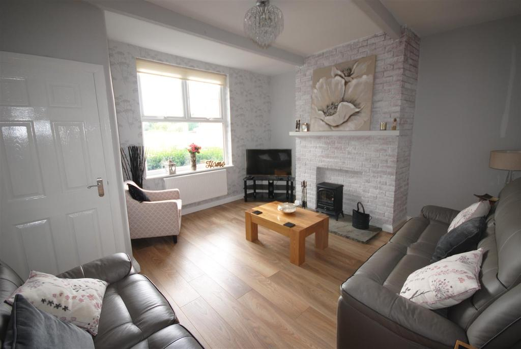 3 Bedrooms Terraced House for sale in Woodhouse Lane, Wigan