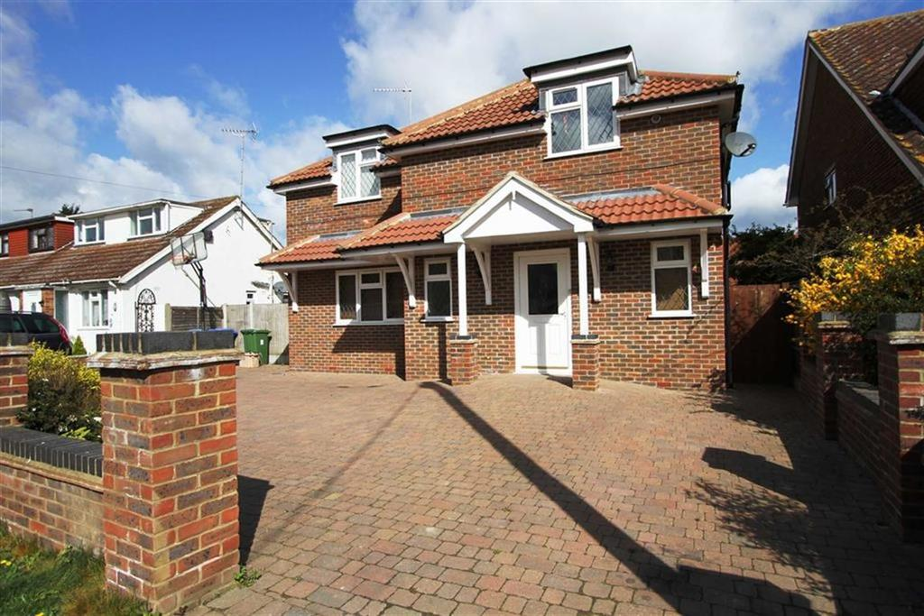4 Bedrooms Detached House for sale in Second Avenue, Billericay