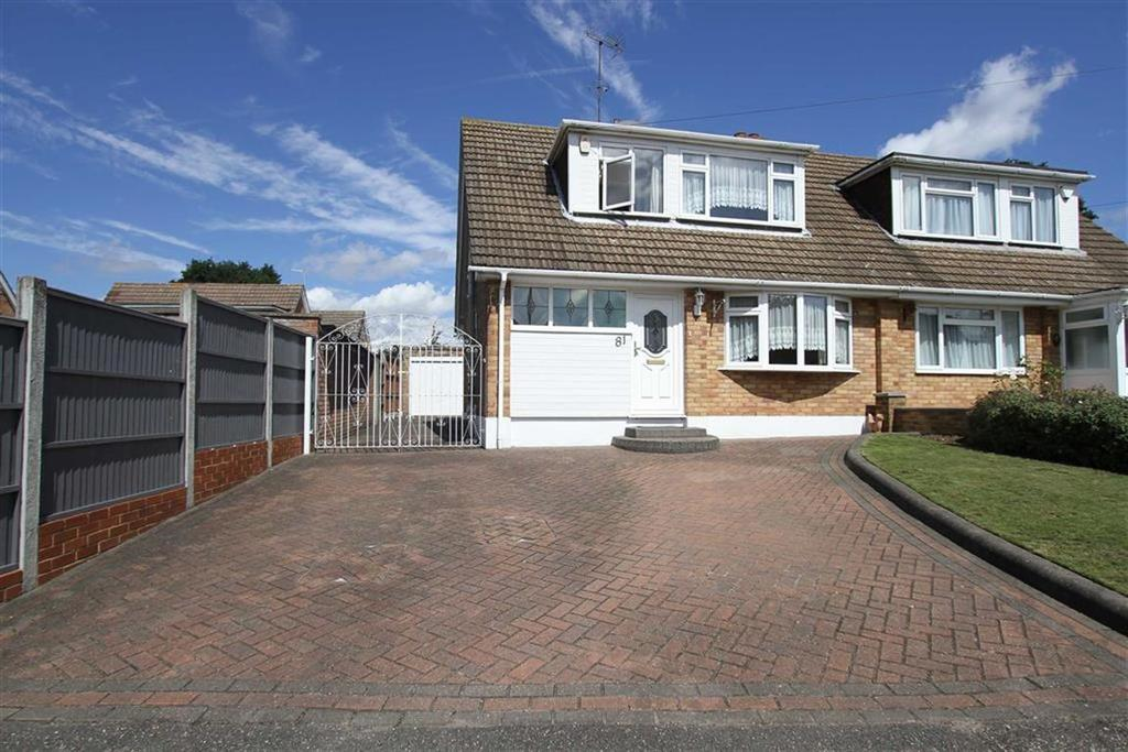 3 Bedrooms Semi Detached House for sale in Tyelands, Billericay