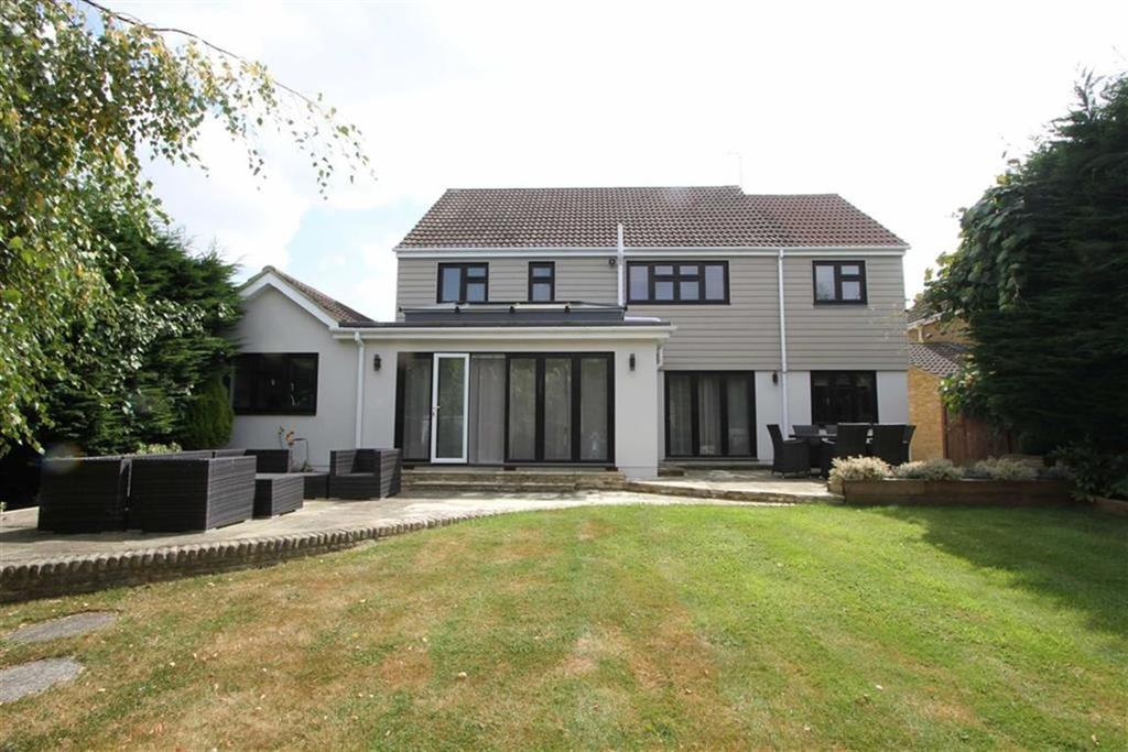 4 Bedrooms Detached House for sale in Norsey Road, Billericay, Essex, CM11 1DD