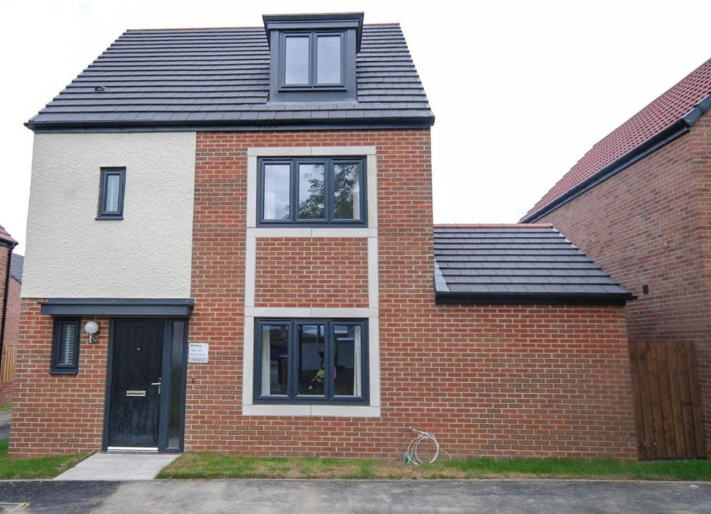 4 Bedrooms Detached House for sale in College Mews, Hebburn
