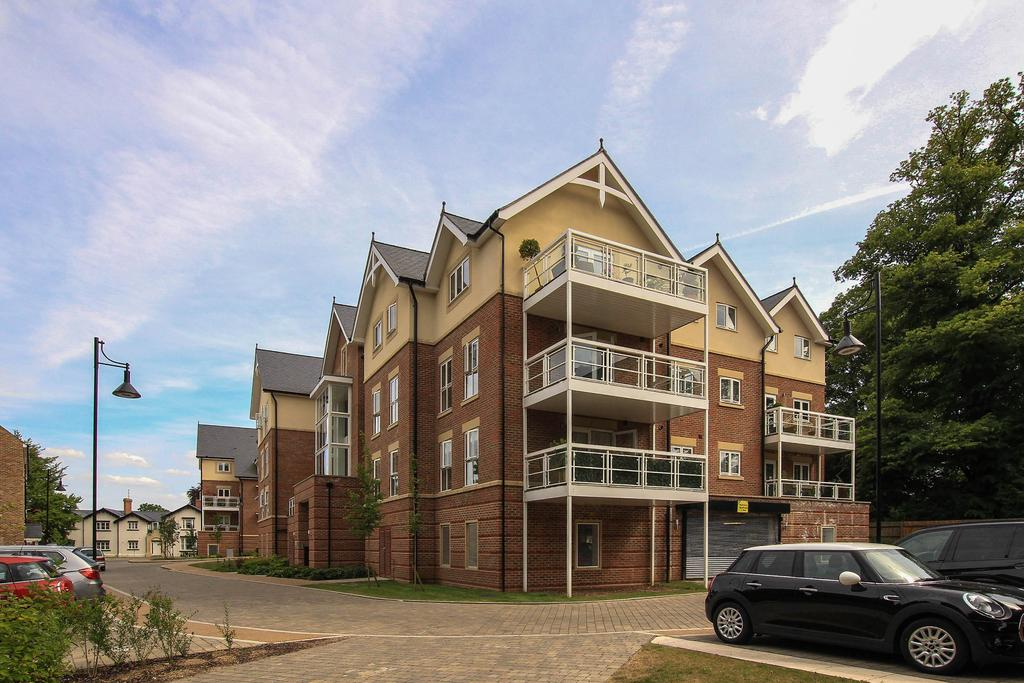 2 Bedrooms Apartment Flat for sale in Townsend Gate, Berkhamsted HP4