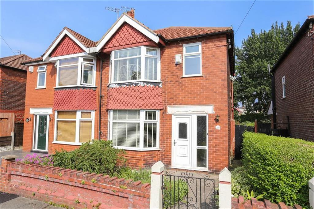 3 Bedrooms Semi Detached House for sale in Lloyd Street, Heaton Norris
