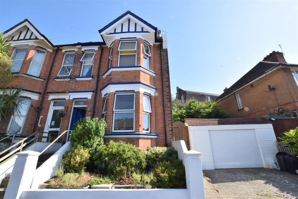 2 Bedrooms Semi Detached House for sale in Beaconsfield Road, Hastings